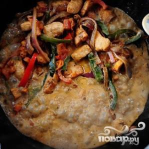 Макароны с курицей и овощами - фото шаг 20