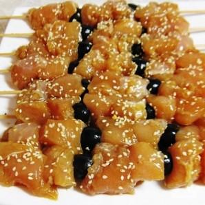 Куриный шашлык в соевом маринаде с маслинами - фото шаг 5