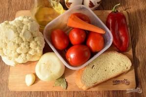 Томатный суп с чесночными гренками - фото шаг 1