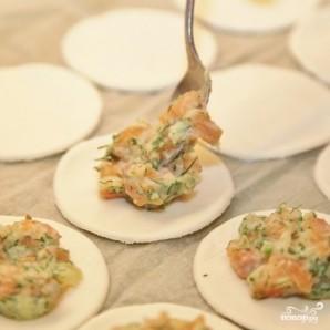 Пирожки с лососем - фото шаг 6