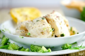 Рыба с брокколи в сливочном соусе - фото шаг 7