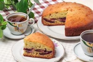 Пирог на кефире со сливами - фото шаг 7