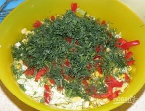 Салат из пекинской капусты с курицей - фото шаг 5