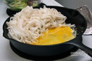 Лапша с говядиной и китайской капустой - фото шаг 7