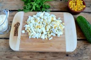 Крабовый салат рецепт классический - фото шаг 3