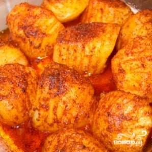 Запеченный картофель в соусе - фото шаг 6