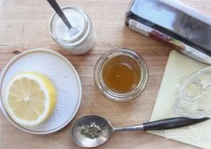 Простой рецепт салата с кальмарами - фото шаг 2