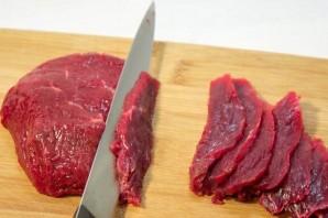 Cалат с маринованной говядиной - фото шаг 2