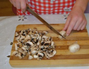 Грибной суп с рисом - фото шаг 2