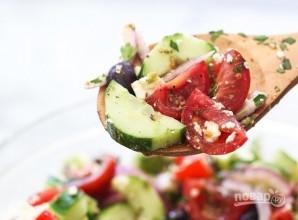 Греческий салат с авокадо - фото шаг 5