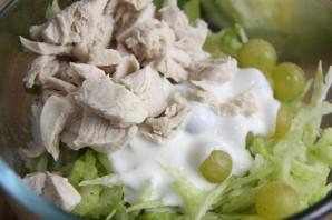 Салат с отварной курицей - фото шаг 3