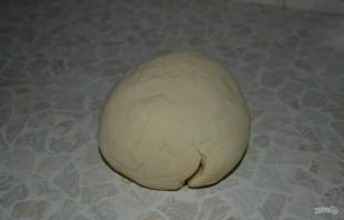 Чебуреки с сочной начинкой - фото шаг 3