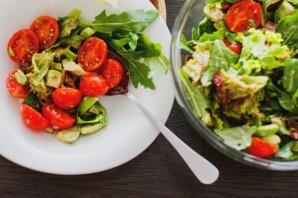 Салат с угрем - фото шаг 8