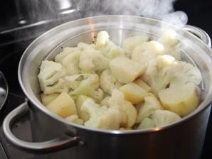 Запеканка из цветной капусты и картофеля - фото шаг 3