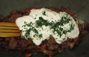 Свинина со сметаной на сковороде - фото шаг 3