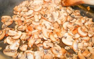 Тефтели в сливочно-грибном соусе - фото шаг 8