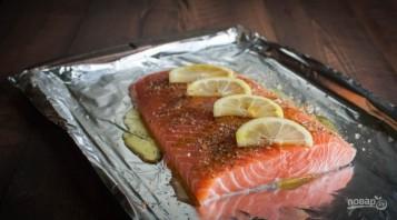 Красная рыба в духовке - фото шаг 1