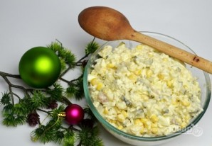 Салат с кукурузой, рисом и копченой скумбрией - фото шаг 10