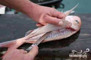 Морская рыба с томатами и зеленью - фото шаг 2