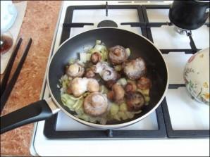 Грибы в сливочном соусе - фото шаг 2