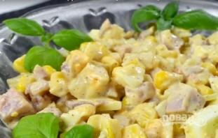 Салат из копченой курицы и ананаса - фото шаг 9