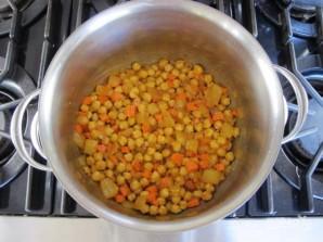 Суп с нутом и кус-кусом - фото шаг 3