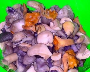 Жаркое с грибами в мультиварке - фото шаг 1