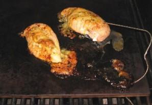 Фаршированная курица Бри - фото шаг 12