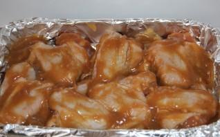 Куриные крылышки под соусом - фото шаг 4