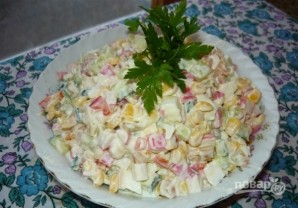 Крабовый салат с огурцом - фото шаг 6
