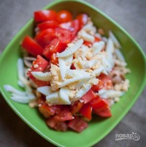 Салат с мидиями и помидорами - фото шаг 4