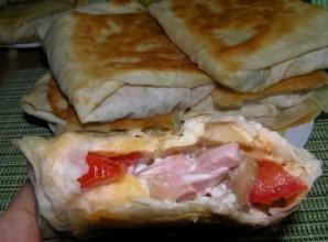 Горячие бутерброды из лаваша - фото шаг 7