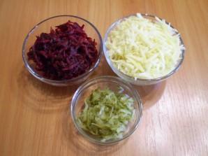 Салат с грибами слоями - фото шаг 3