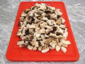 Курица, фаршированная грибами - фото шаг 3