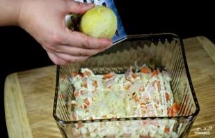 Салат лагуна с креветками и красной икрой рецепт