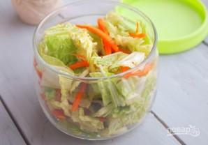 Салат из корейской капусты - фото шаг 6