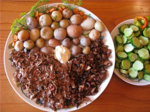 Жареные грибы рыжики - фото шаг 4