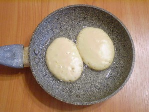 Оладьи на кефире с яйцами - фото шаг 7