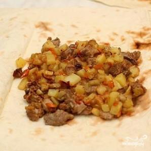 Мясо в армянском лаваше - фото шаг 6
