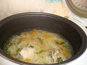 Суп с лапшой в мультиварке - фото шаг 8