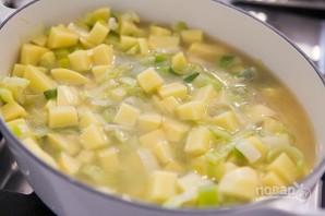 Картофельный суп с луком - фото шаг 5