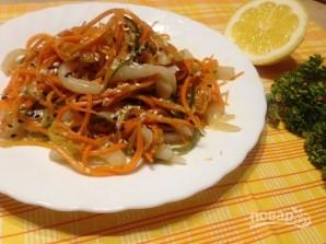 Салат с кальмарами и корейской морковью - фото шаг 8