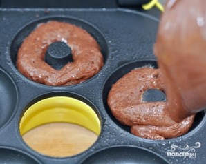 Шоколадные пончики - фото шаг 4