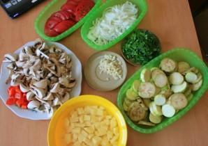 Грибы с овощами в мультиварке - фото шаг 1