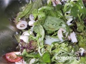 Летний салат из кальмаров - фото шаг 11