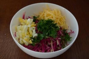 Салат с сыром и овощами - фото шаг 3