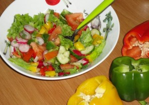 Овощной салат на скорую руку - фото шаг 7