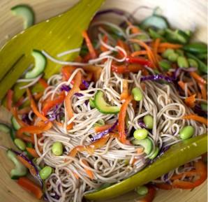 Гречневая лапша с овощами - фото шаг 3