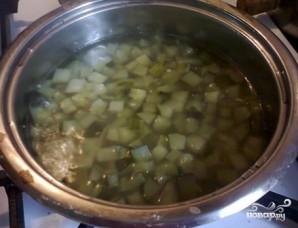 Суп c солеными огурцами - фото шаг 2