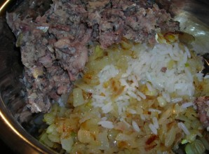 Пирог из сайры с рисом - фото шаг 2